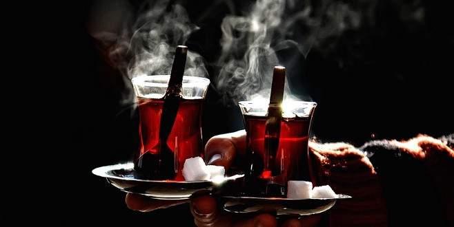 Bakanlık: Çay tek şekerle içilecek, tuzluk kalkacak