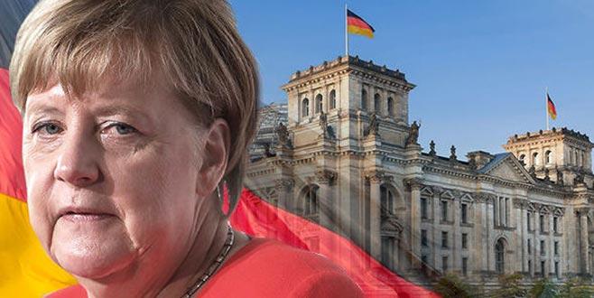 Merkel: Kürt devletine karşıyım