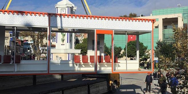 Bursa'da klimalı otobüs durağı dönemi