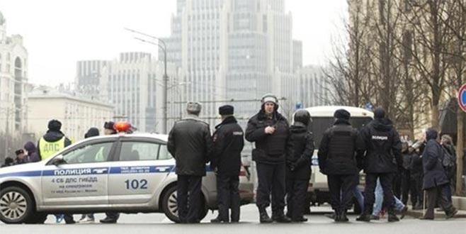 Rusya'da 10 AVM'de bomba ihbarı
