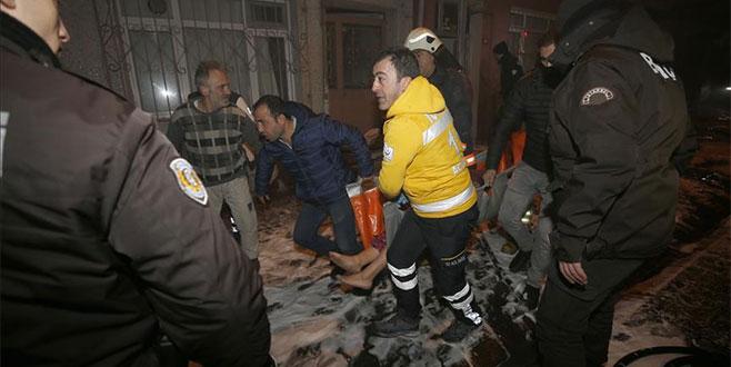 4 katlı binada yangın: 7 kişi hastanelik oldu