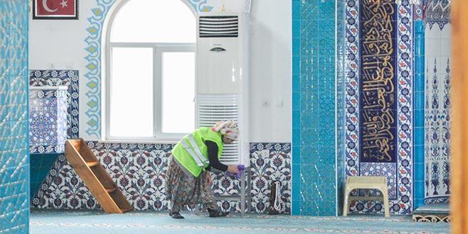 Karacabey'de belediyeden camilere detaylı bakım