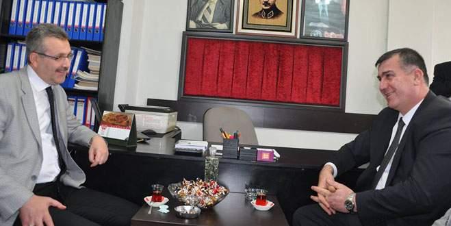 Özkan'dan MHP'ye anlamlı ziyaret