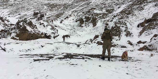PKK'ya ağır darbe: MİT bilgi verdi, jandarma ele geçirdi