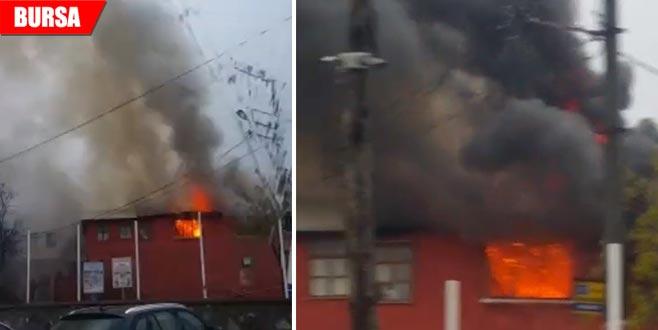 Tarihi Osmanlı köyünde korkutan yangın