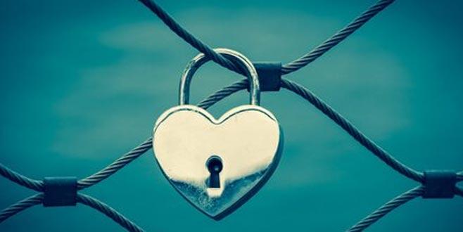 Birine karşı olan duygusal bağımlılığınızı aşmanıza yardım edecek 5 yol