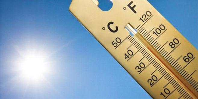 Yılın yeni sıcaklık rekoru kırıldı! Evden çıkamıyorlar