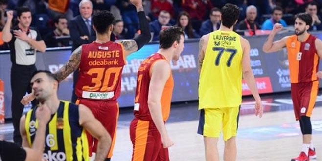 Galatasaray, namağlup Fenerbahçe Beko'yu devirdi!