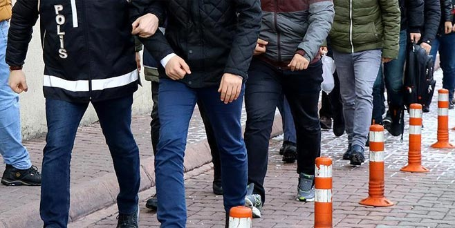 295 muvazzaf asker hakkında gözaltı kararı