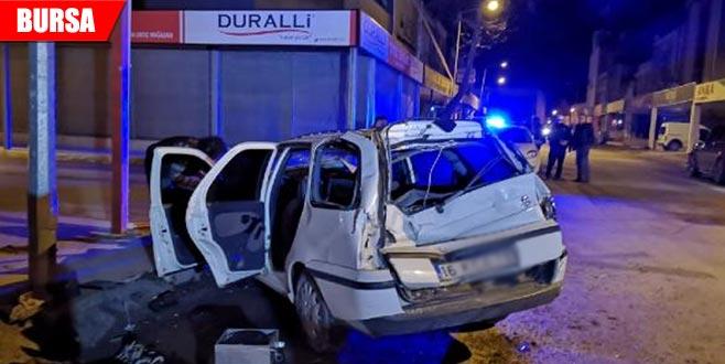 TIR otomobile çarptı: 1 yaralı
