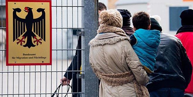 Türkiye'den Almanya'ya iltica başvurularının yarısı onaylandı