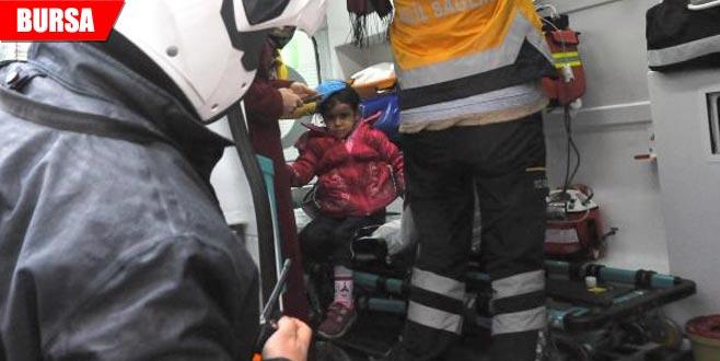 Motosikletin çarptığı minik Zeliha yaralandı
