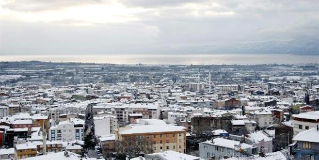 Orhangazi'de kar yağışı sonrası güzel manzaralar