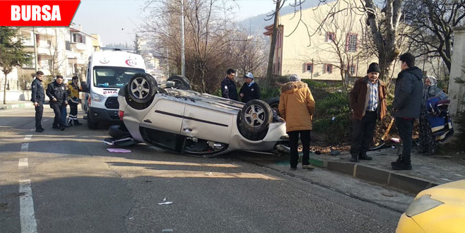 Sollamaya çalıştığı otomobile çarpıp takla attı