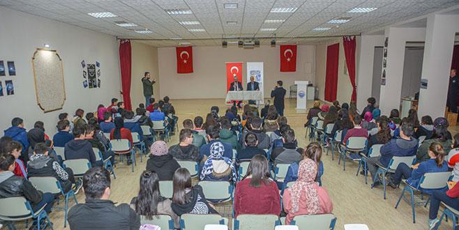Özkan'dan mesleki eğitim vurgusu
