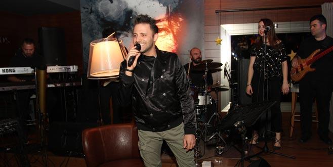 Olympos Bar'da eğlenceli gece
