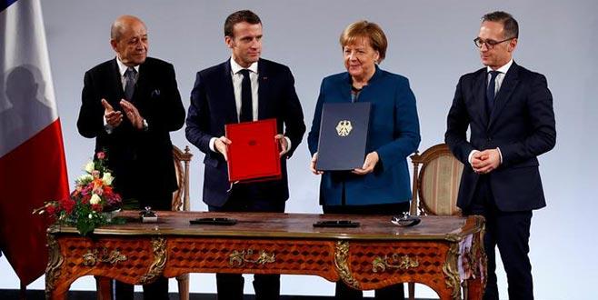 Avrupa ordusu için ilk adım