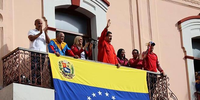 Maduro ABD ile tüm ilişkileri kestiklerini duyurdu