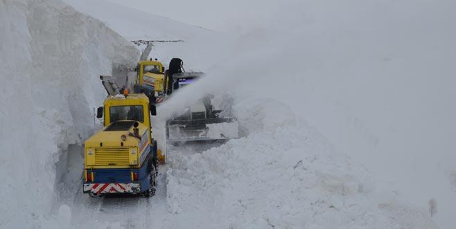 Kar kalınlığı 10 metreye ulaştı