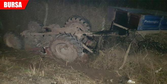 Traktörle otomobil çarpıştı: 5 yaralı