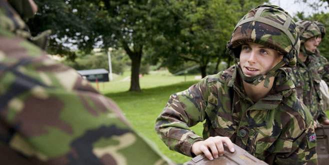 İngiliz ordusuna sosyal medya tugayı