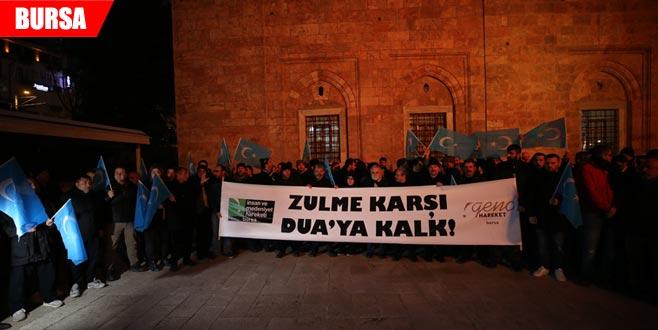 Çin'in Doğu Türkistan'daki zulmü protesto edildi