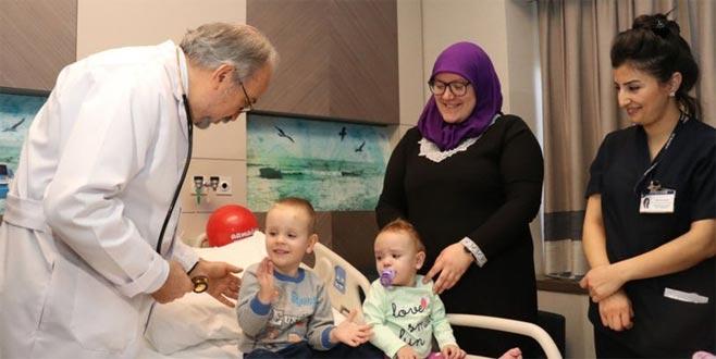 Kalp hastası Bosnalı iki bebek, Türkiye'de sağlığına kavuştu