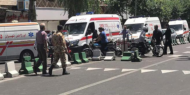 İran Devrim Muhafızlarına yönelik intihar saldırısı: 20 kişi öldü