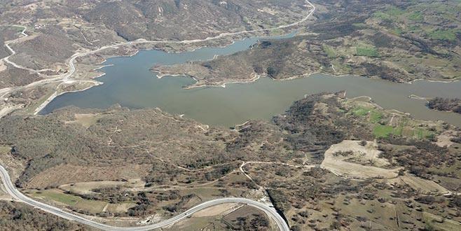 Büyükorhan barajı doldu, çiftçilerin yüzü gülüyor