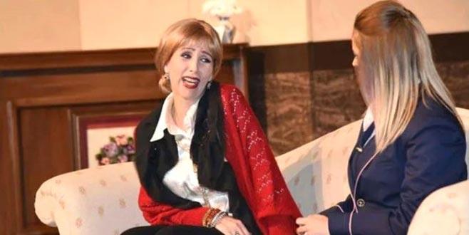 Ünlü tiyatrocu tedavi gördüğü hastanede hayatını kaybetti