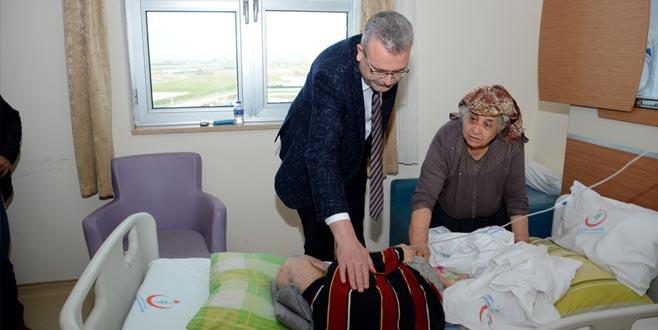Başkan Özkan'danhasta ziyareti