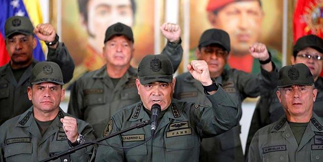 Venezuela ordusu tetikte