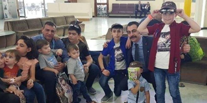 Uçak dolusu çocuk yakında Türkiye'de