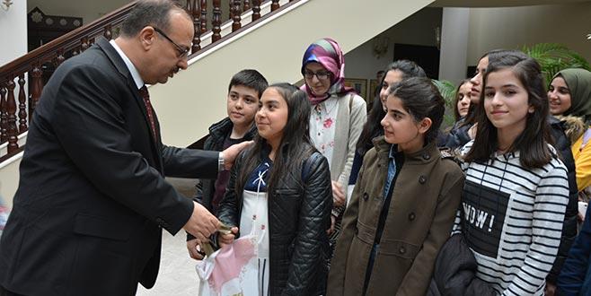 Erzurumlu çocuklardan valiye ziyaret