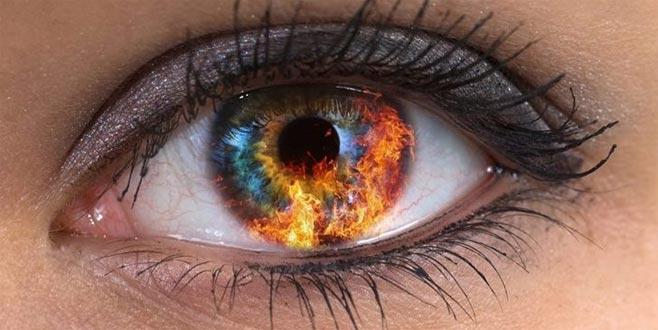 Bazı göz renkleri depresyonu çağırıyor