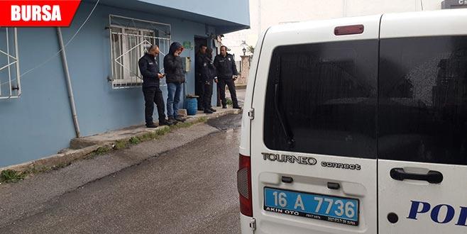 2 gündür haber alınamayan kadın evinde ölü bulundu