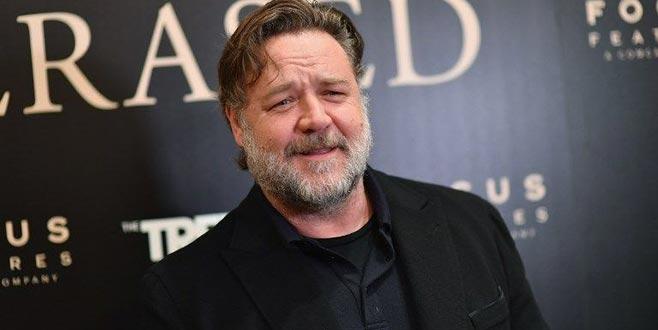 Russell Crowe'danTürk İşi Dondurma'ya destek