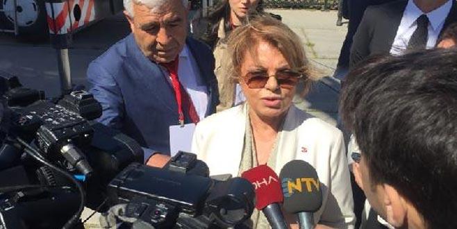 Eski Başbakan Tansu Çiller de Yenikapı'da