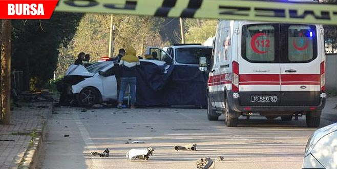 Virajı alamayan otomobil duvara çarptı: 1 ölü