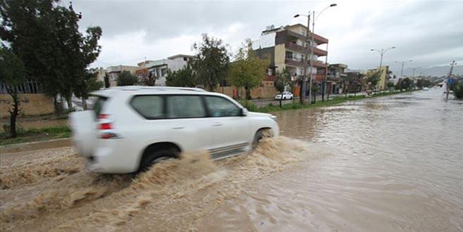 Sel mağduru 200 aile güvenli bölgelere tahliye edildi