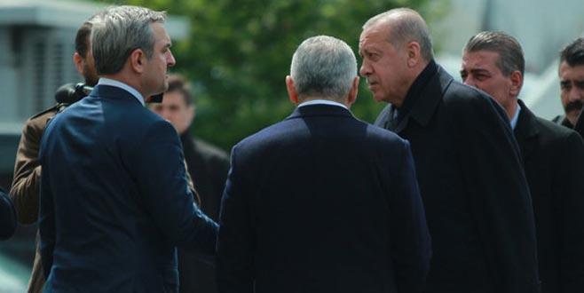 Cumhurbaşkanı Erdoğan AK Parti İl Başkanlığı'nda