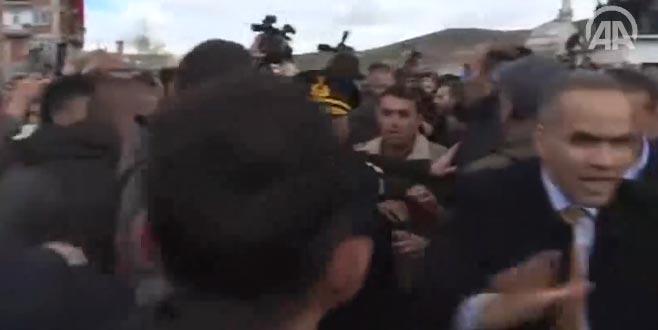 Kılıçdaroğlu'na saldırı anı kamerada
