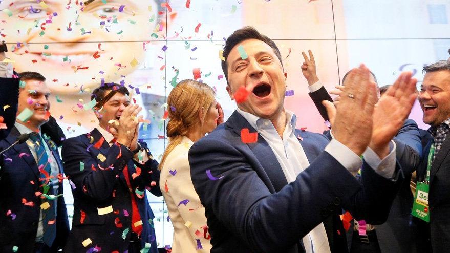 Ukrayna'nın devlet başkanı ünlü komedyen Vladimir Zelenskiy oldu