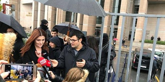 Başörtülü kadınlara hakaret ettiği iddia edilen Deniz Çakır'a kötü haber!