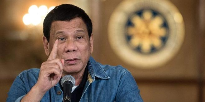 Duterte'den Kanada'ya savaş tehdidi