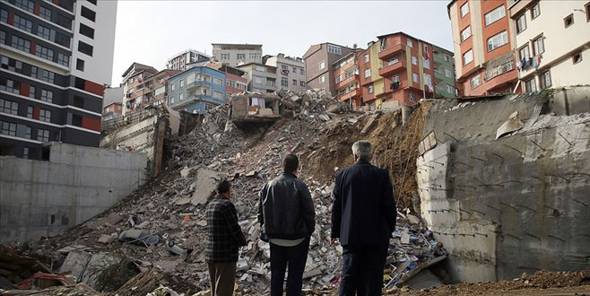 Bakan'dan çöken binayla ilgili yeni açıklama