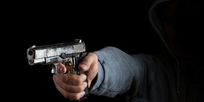 Silahlı kavga: 3 ölü, 1 yaralı