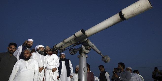 Pakistan'da Ay izleme tartışması