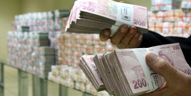 Hazine 5,6 milyar TL borçlandı