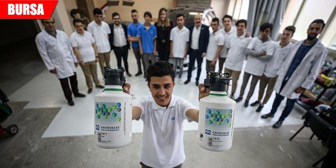 17 kişilik sınıfa dünya devleri sponsor oldu